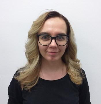kadeřnice Julia Nymburk